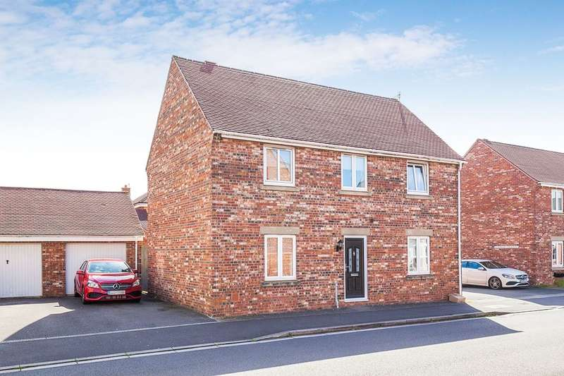 4 Bedrooms Detached House for sale in Marjoram Way, Portishead, Bristol, BS20