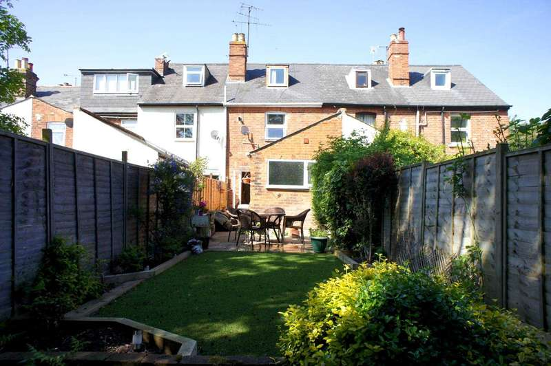 3 Bedrooms Terraced House for sale in Queens Road, Caversham