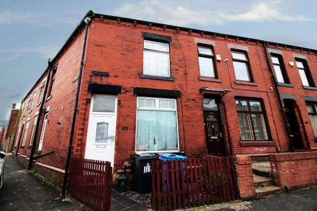 4 Bedrooms Property for sale in Villa Road, Oldham, Lancashire, OL8 1PN