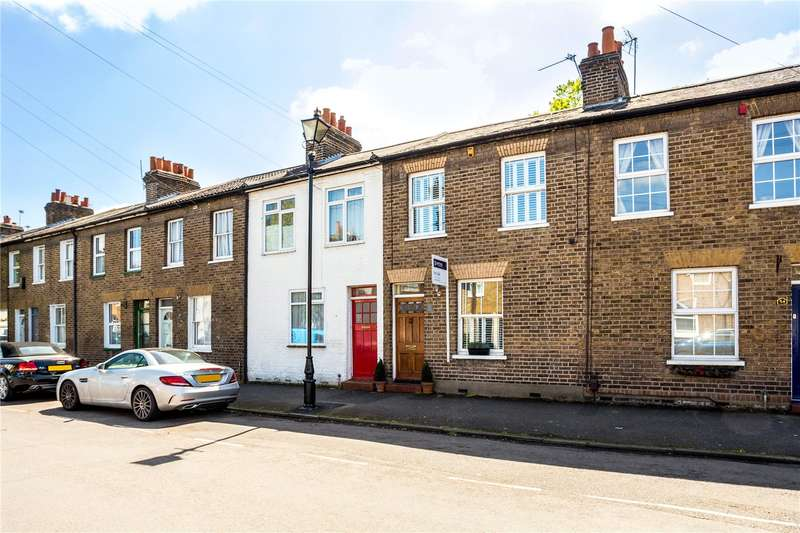 2 Bedrooms Terraced House for sale in Bexley Street, Windsor, Berkshire, SL4