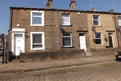2 Bedrooms House for rent in Kliffen Place, Halifax