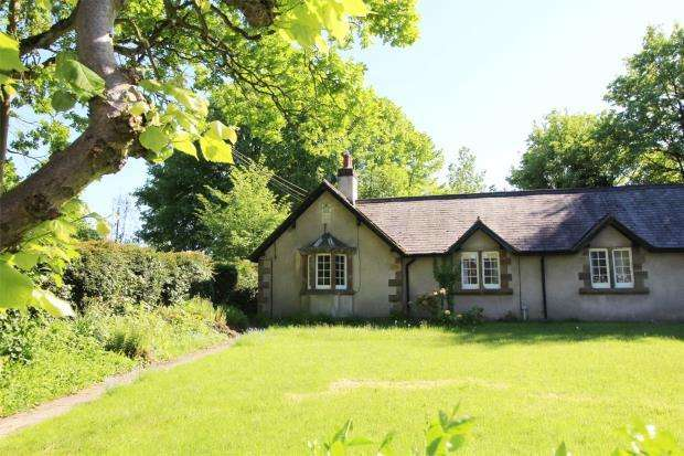 1 Bedroom Bungalow for rent in Almshouse, Weston-Under-Lizard, Nr Shifnal, Shropshire, TF11