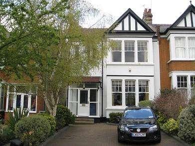 5 Bedrooms House for sale in Windsor Road, Finchley N3, N3