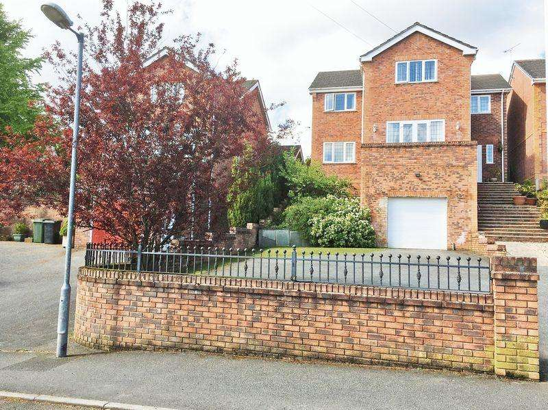 5 Bedrooms Detached House for sale in Penygelli Road, Wrexham
