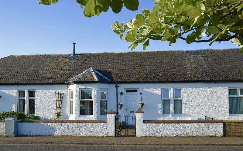 2 Bedrooms Bungalow for sale in Alexandra Avenue, Prestwick
