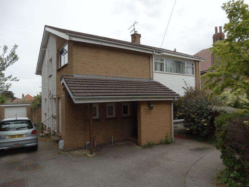 4 Bedrooms Detached House for sale in Brompton Avenue, Rhos on Sea