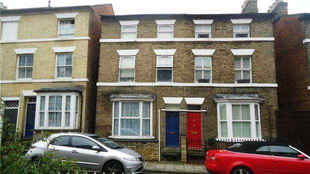 6 Bedrooms Semi Detached House for sale in Adelaide Square, Bedford