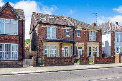 5 Bedrooms Semi Detached House for sale in Portsmouth, Hampshire