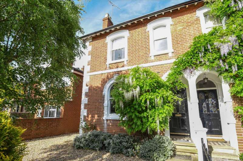 4 Bedrooms Semi Detached House for sale in Eastern Avenue, Reading