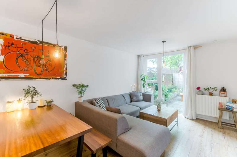 1 Bedroom Flat for sale in Clapham Park Road, Clapham, SW4