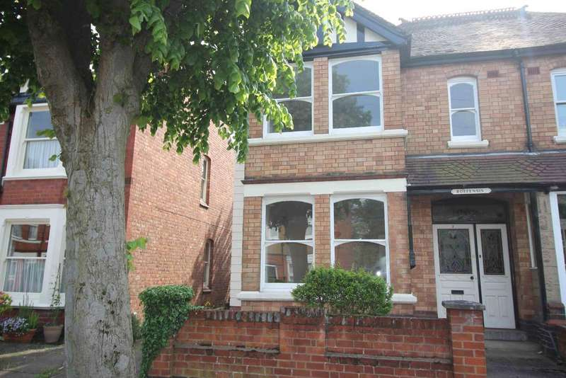 3 Bedrooms House for rent in Manor Park Road