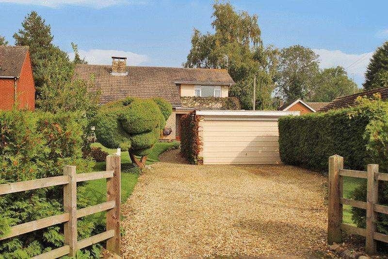 5 Bedrooms Detached House for sale in Chapel Lane, Walton