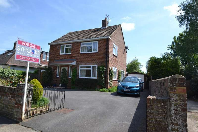 4 Bedrooms Detached House for sale in Rectory Road, Worthing, BN14 7PB