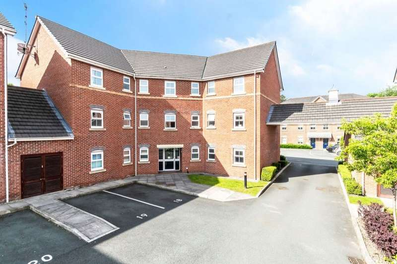 2 Bedrooms Flat for sale in Bridgewater Close, Frodsham, WA6