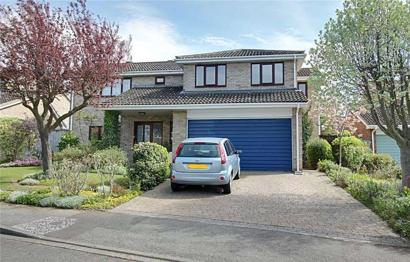 4 Bedrooms Detached House for sale in Foxton Close, Yarm