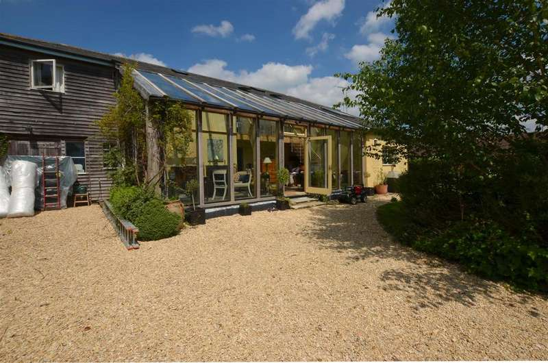 5 Bedrooms Detached House for rent in Bottlesford, Pewsey