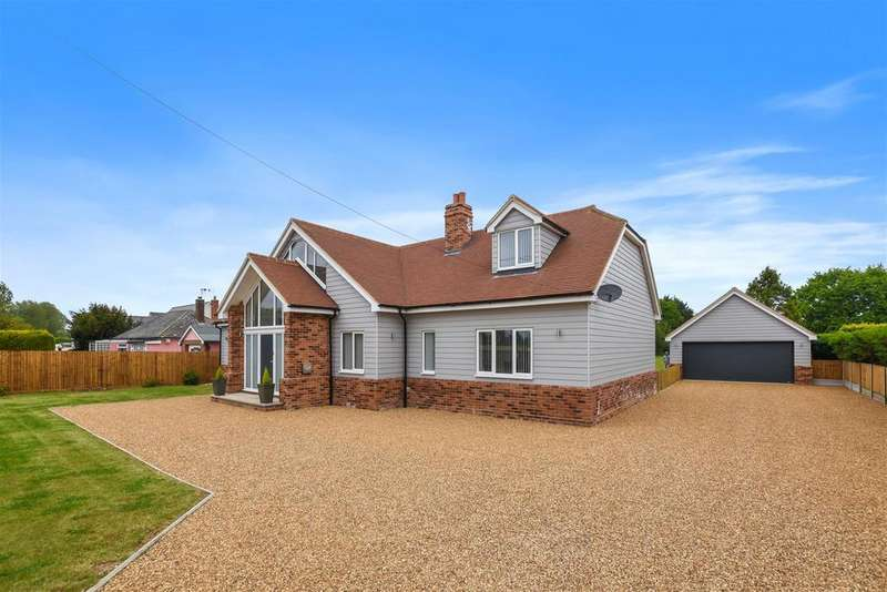 5 Bedrooms Detached House for sale in Trusses Road, Bradwell-On-Sea