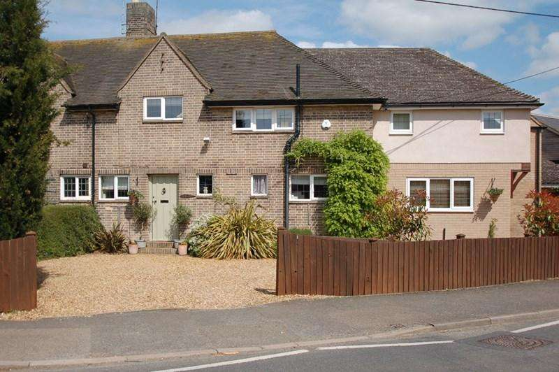 5 Bedrooms Semi Detached House for sale in Oundle, PE8