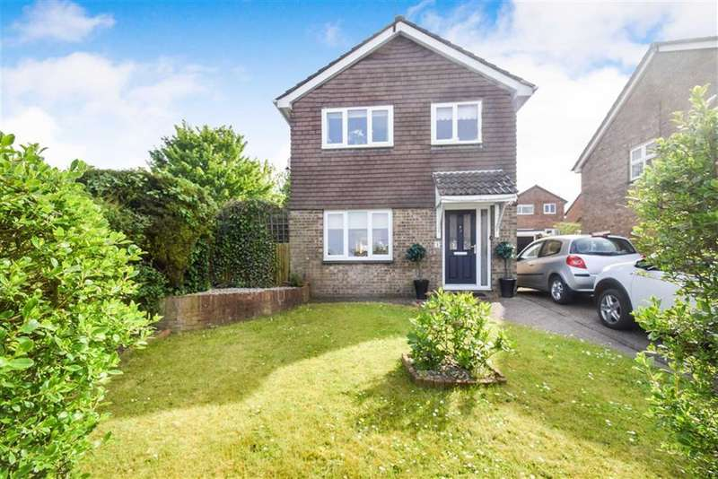 3 Bedrooms Detached House for sale in Kildale Close, HULL