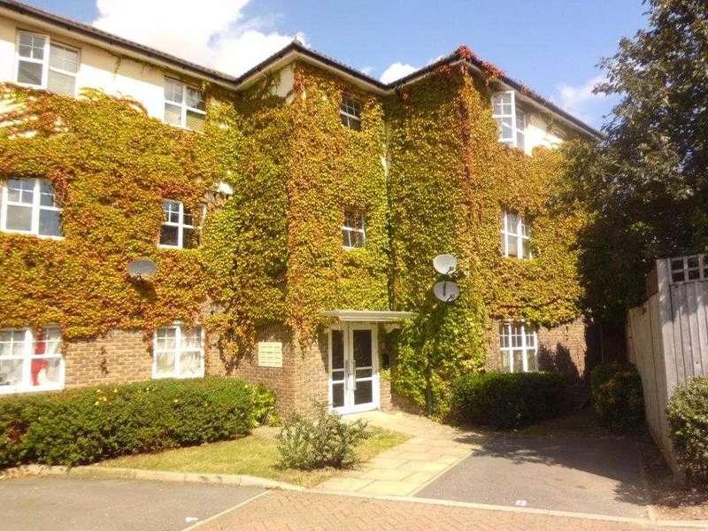 2 Bedrooms Apartment Flat for rent in Newbury Close, Kent