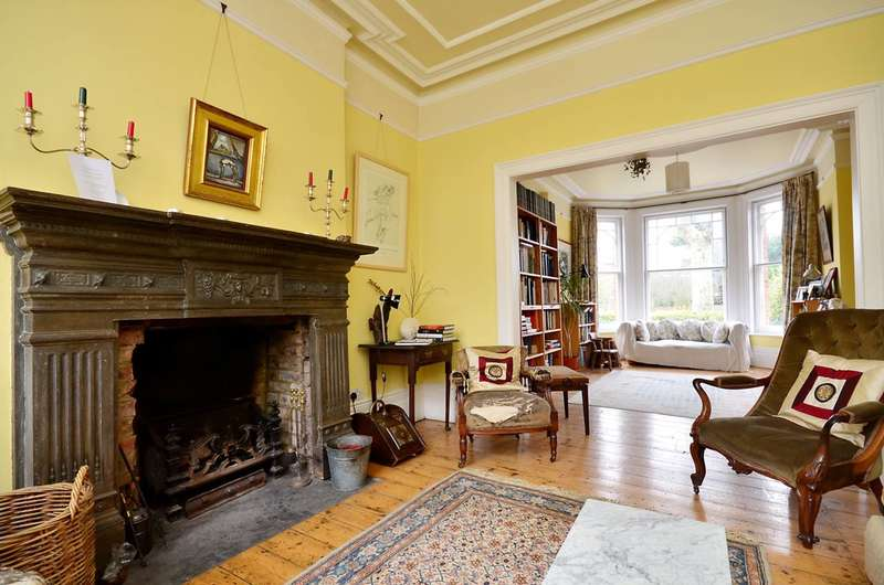 6 Bedrooms Detached House for rent in Oakfield Road, Stroud Green, N4