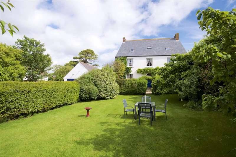 5 Bedrooms Link Detached House for sale in Weymouth, Dorset