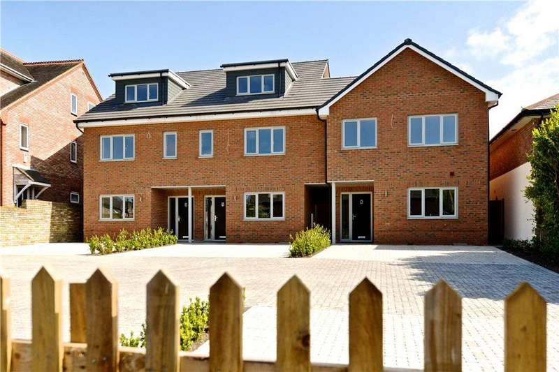 3 Bedrooms End Of Terrace House for sale in High Street, Eaton Bray, Dunstable, Bedfordshire