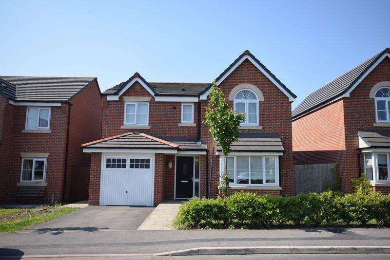 4 Bedrooms Detached House for sale in Chadwick Lane, Widnes