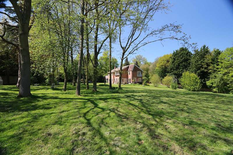 6 Bedrooms Detached House for sale in Pangbourne, Berkshire