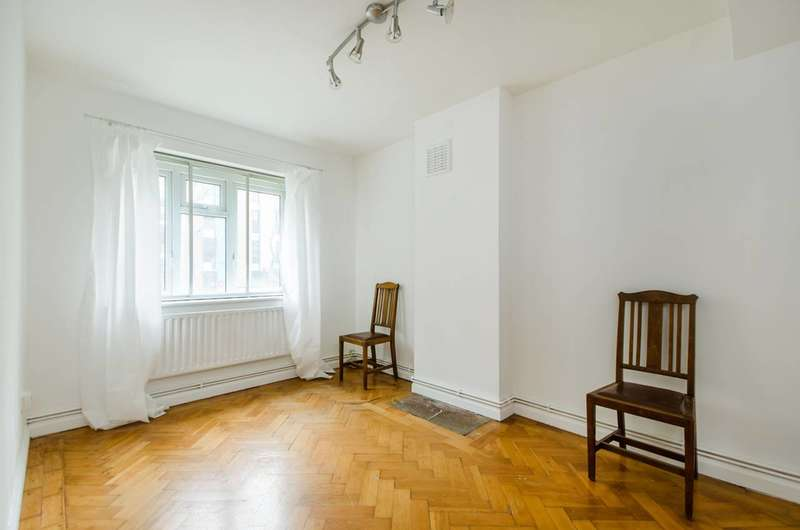 3 Bedrooms Flat for sale in Blackheath Hill, Greenwich, SE10