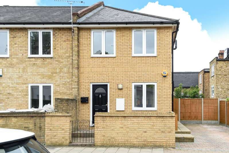 2 Bedrooms End Of Terrace House for sale in Cambria Road Camberwell SE5