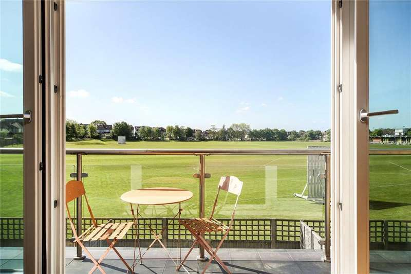 4 Bedrooms Terraced House for sale in Greenview Drive, Wimbledon, London, SW20
