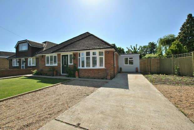 4 Bedrooms Detached House for sale in Firs Road, Tilehurst, Reading