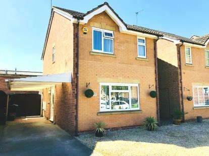 3 Bedrooms Detached House for sale in Stirling Close, Winsford, Cheshire