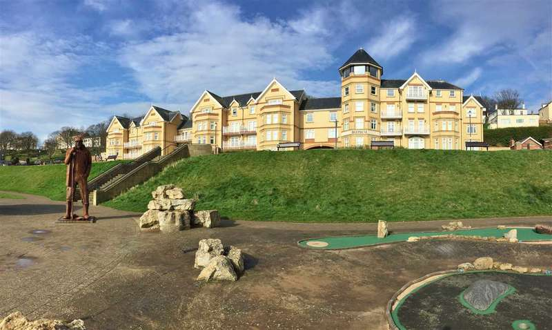 3 Bedrooms Apartment Flat for sale in Deepdene, The Beach, Filey