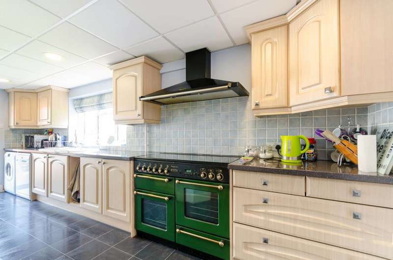 4 Bedrooms House for sale in Bradley Road, Crystal Palace, SE19
