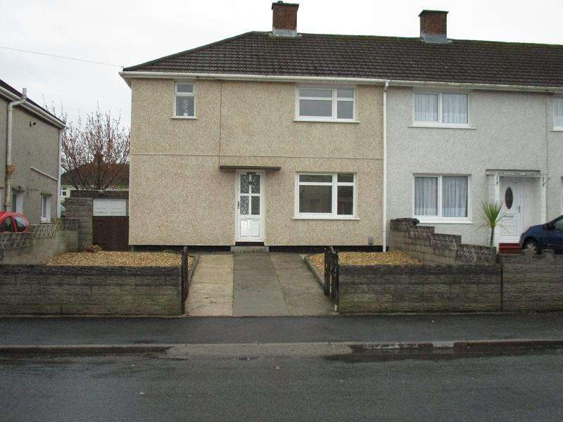 3 Bedrooms End Of Terrace House for rent in Southdown Road, Sandfields, Port Talbot, Neath Port Talbot.