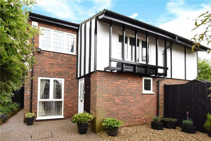 5 Bedrooms Detached House for sale in Latimer, Stony Stratford, Milton Keynes, Buckinghamshire