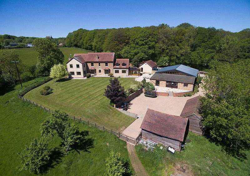 5 Bedrooms Detached House for sale in Gorsley, Ross-on-Wye