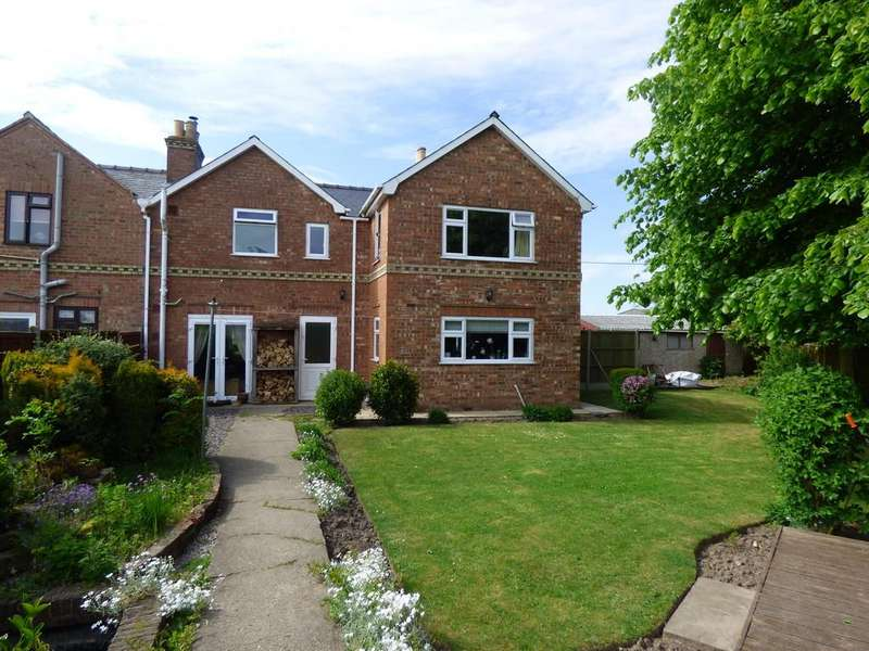 3 Bedrooms Semi Detached House for sale in Watergate, Quadring