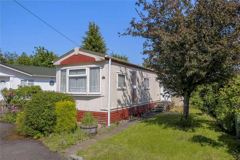 2 Bedrooms Detached House for sale in The Hermitage, Warfield Street, Warfield, Berkshire, RG42