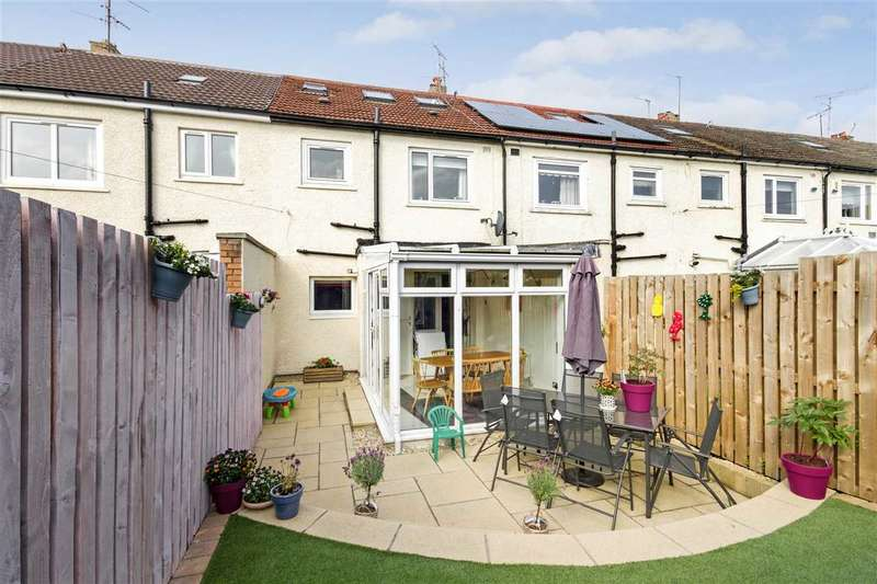 3 Bedrooms Terraced House for sale in Carnwath Avenue, Newlands, GLASGOW