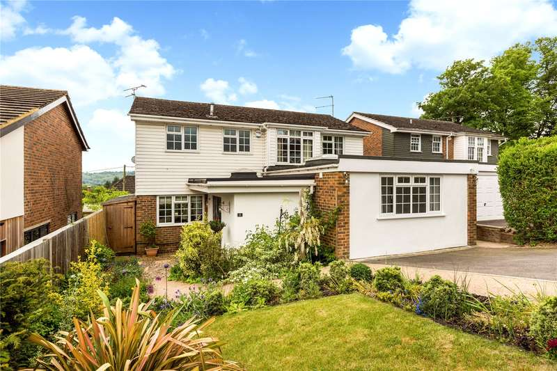 4 Bedrooms Detached House for sale in Wing Close, Marlow, Buckinghamshire, SL7