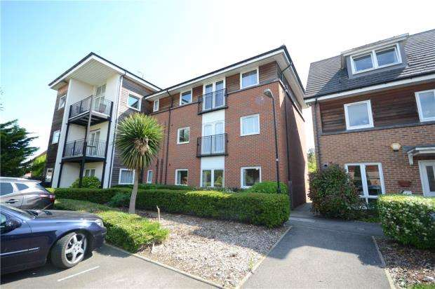 2 Bedrooms Apartment Flat for sale in Amersham Road, Caversham, Reading
