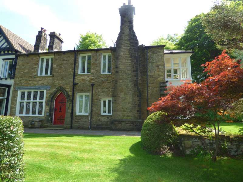 4 Bedrooms Semi Detached House for sale in Dacres, Greenfield, SADDLEWORTH, OL3