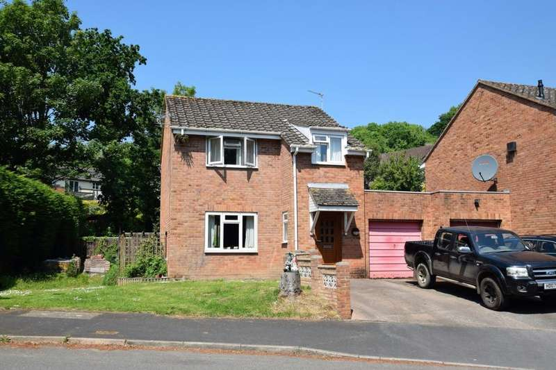 3 Bedrooms House for sale in Gloucester Road, Exwick, EX4