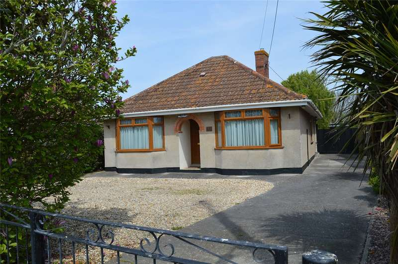 4 Bedrooms Detached Bungalow for sale in Parsonage Road, Berrow, Burnham-on-Sea, Somerset, TA8