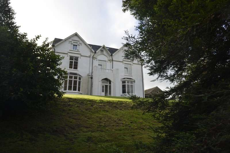 9 Bedrooms Detached House for sale in Llanboidy, Whitland, Carmarthenshire, SA34