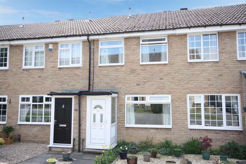 2 Bedrooms Terraced House for rent in Aire Grove, Yeadon, Leeds