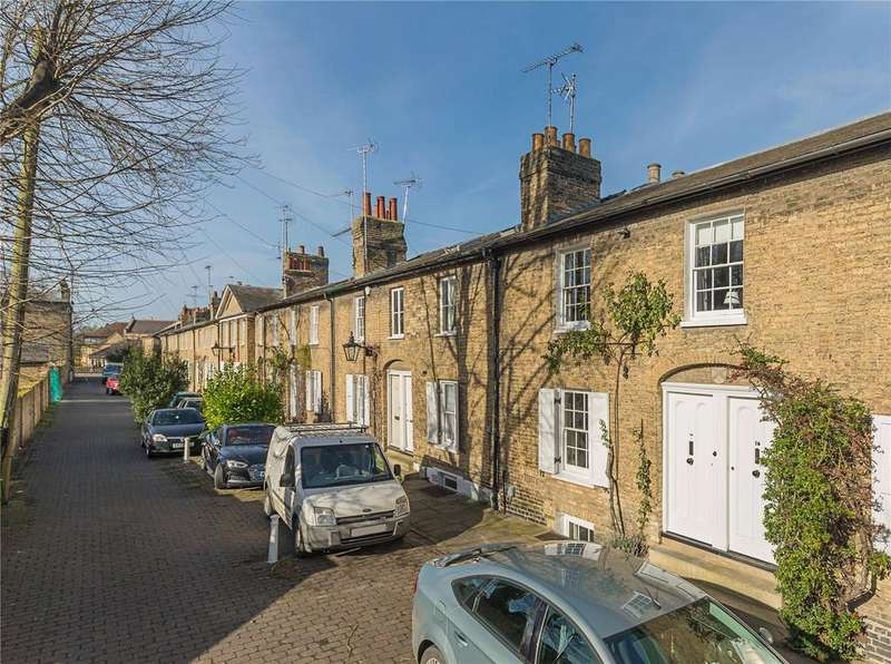 3 Bedrooms Terraced House for sale in Willow Walk, Cambridge, CB1